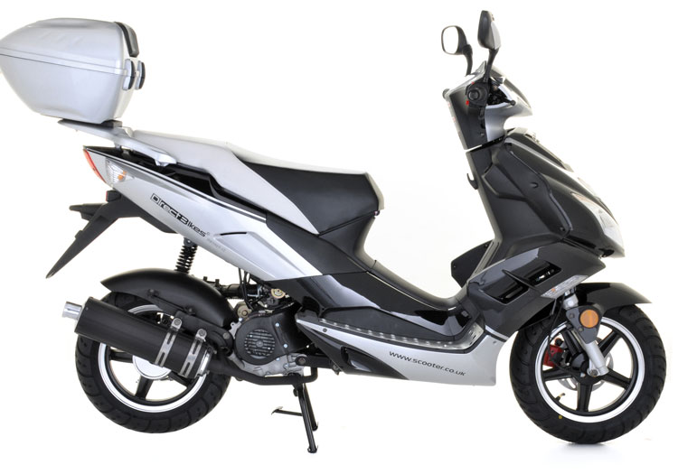 50cc scooter buy direct bikes viper 50cc scooters silver black. Black Bedroom Furniture Sets. Home Design Ideas